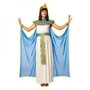 Woman wearing Cleopatra costume